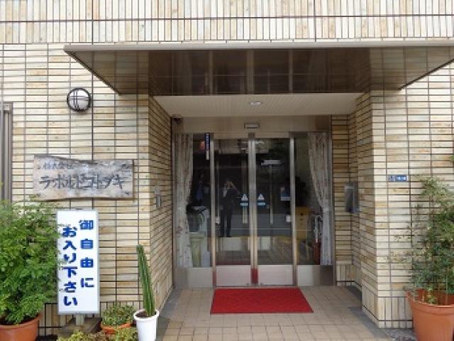 【介護職/東大阪市】 介護付き有料老人ホーム(正社員)の画像1