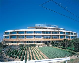 【介護職・ヘルパー/浜松市南区】 介護老人保健施設 白脇ケアセンター (正社員)の画像1