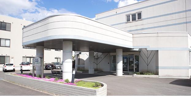 【介護職/旭川市】老人保健施設グリーンライフ  (正社員)の画像1
