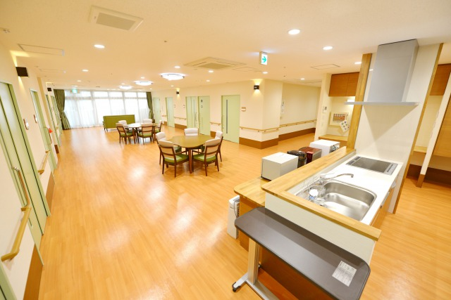 【介護職/大阪市西成区】 特別養護老人ホーム かがやき (正社員)の画像1